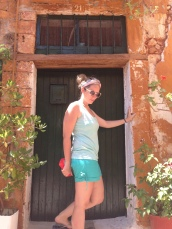 "My ""fashion blogger"" moment, at Chania old city"