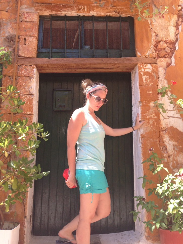 """My """"fashion blogger"""" moment, at Chania old city"""