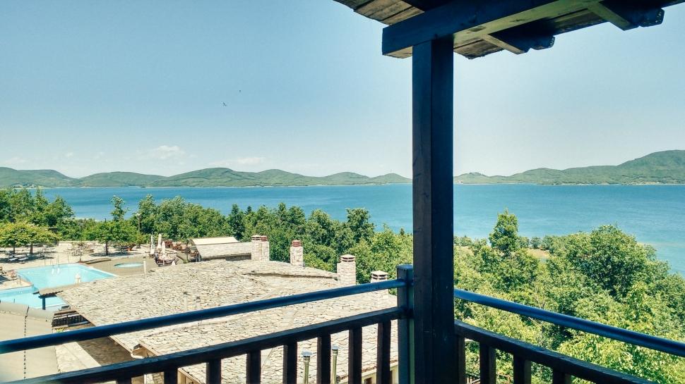 plastira-lake-greece-la-vie-en-blog-all-rights-reserved
